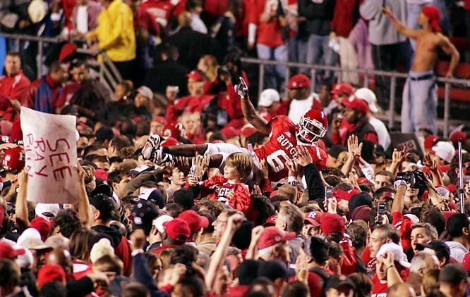 Sophomore defensive back Glen Lee (6) received an impromptu ride after Rutgers upset Louisville on Thursday.