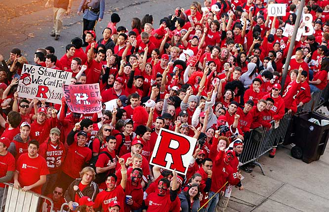 Rutgers fans gathered at the front of the line as they waited to enter Rutgers Stadium before Thursday's game against Louisville.