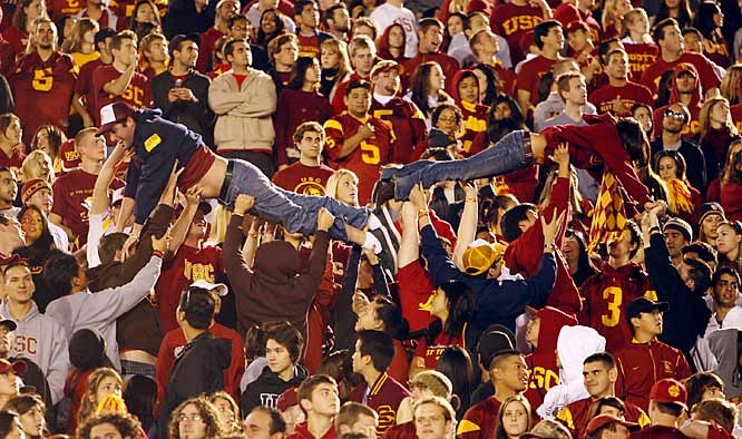 These two USC fans celebrated an early Dwayne Jarrett touchdown by doing a little crowdsurfing.