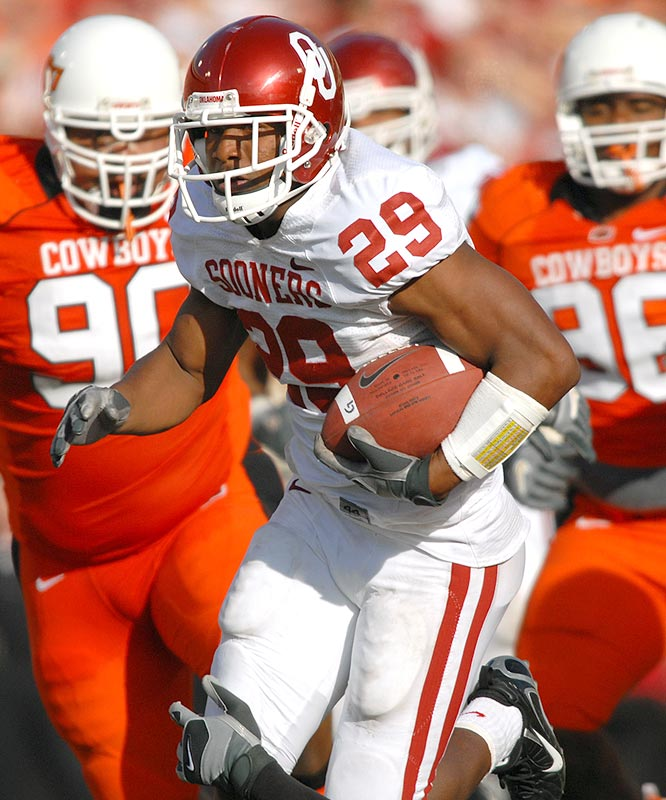Chris Brown ran for 74 yards and two touchdowns on 19 carries as the Sooners clinched the Big 12 South title.