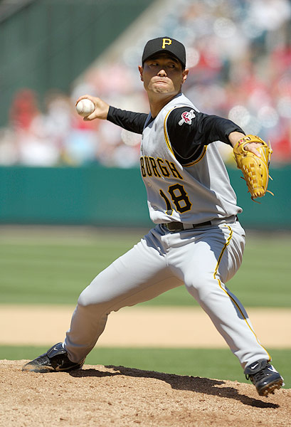 After 21 seasons with the Yomiuri Giants, the pitcher signed a free-agent contract with the Pirates in 2007. He made his debut in June of that year and posted a 9.43 ERA in 21 innings.