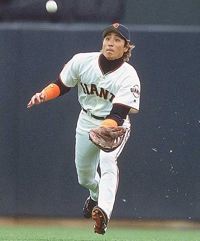 One of the most popular players in Japan because of his dyed hair and wristbands, Shinjo had an abbreviated stay in the majors. The Mets purchased him in December 2000 for $500,000. In three big league seasons he played in 303 games, finishing with 20 homers and a .245 average.