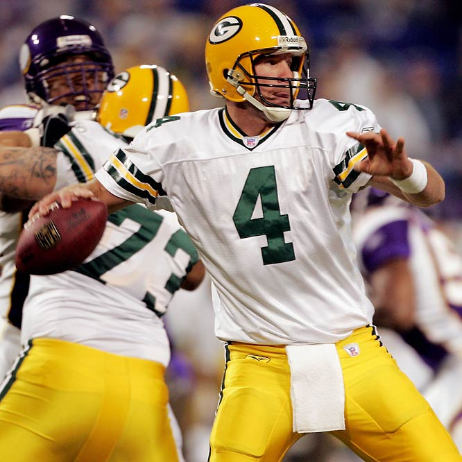 198 ... Brett Favre threw two touchdowns against the Vikings in Minneapolis, giving him an NFL-record 198 career touchdowns on the road. Dan Marino held the previous record with 197.