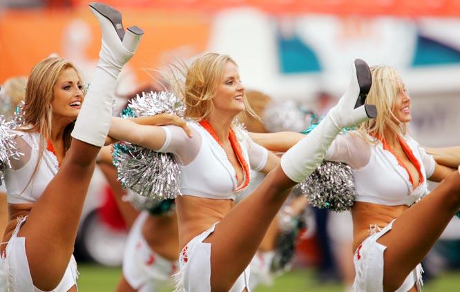NFL Cheerleaders - Week 10 | SI.com