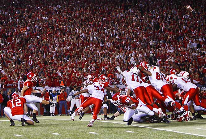 Jeremy Ito lines up to kick the biggest field goal in the 137-year history of the Rutgers program.