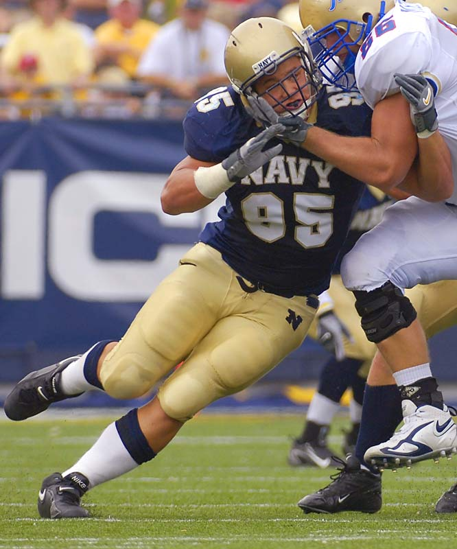Navy vs. Boston College <br><br>When Navy lines up against Boston College, nothing will stand out more than the size differential. For example, BC's O-line averages 306 pounds, while Navy's D-line averages a healthy 250.