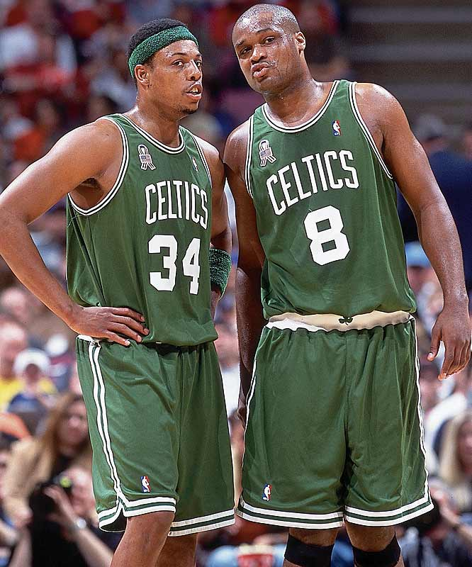 Paul Pierce (26.1 points per game) ... 3rd in league<br>Antoine Walker (22.1 ppg) ... Tied for 10th in league