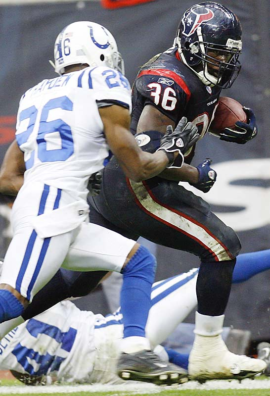 Ron Dayne had a career-high 153 yards rushing and two touchdowns despite playing three quarters on an injured ankle, as Houston beat Indy with a last-second field goal. Wali Lundy is the only other Texans running back to rush for over 100 yards in a single game this season, with 116 yards against the Titans eight weeks ago.