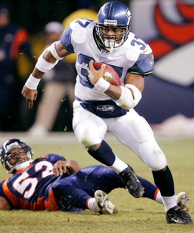60 ... Running back Shaun Alexander had an 18-yard run against the Broncos, the 60th consecutive game that he's had a double-digit run. That ties the NFL record set by Barry Sanders, who had at least a 10-yard gain in the last 60 games of his career.