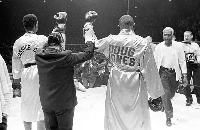 Clay and Jones at the end of their 10-round bout.
