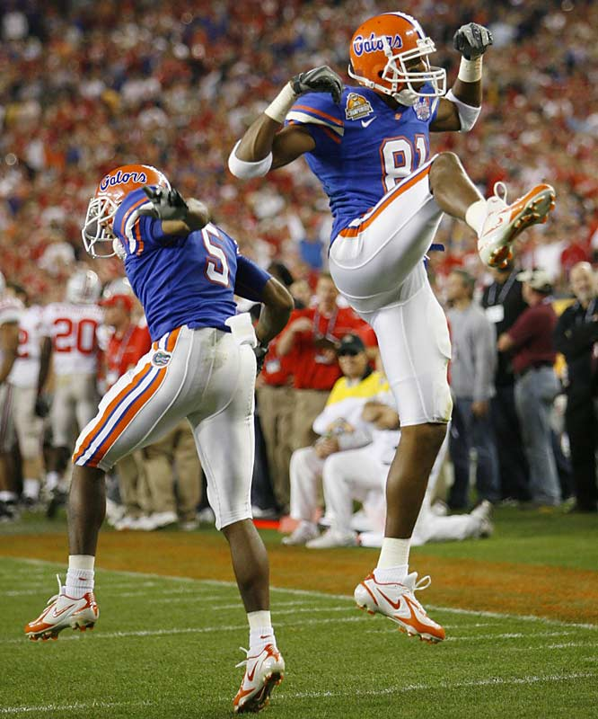 Heavy underdog Florida spanked undefeated Ohio State, holding the Buckeyes to 82 yards total offense.
