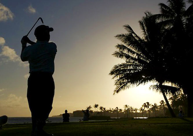 The Hawaiian sunset offered a perfect chance for Fujikawa to reflect on his week ... and wonder what the future holds for him.