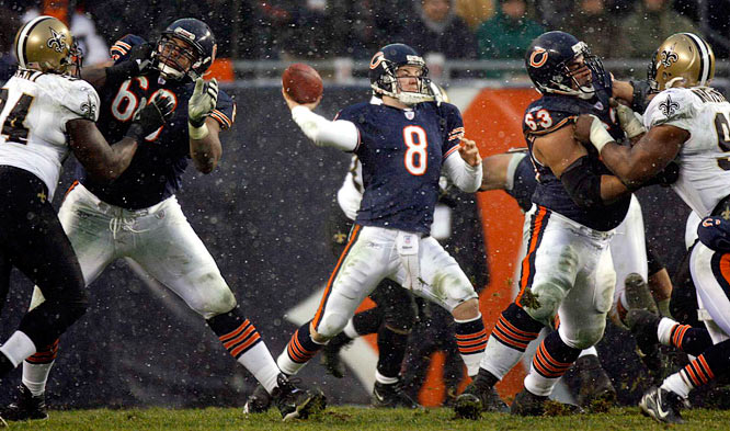 Much-maligned Bears quarterback Rex Grossman completed 11 of 26 for passes for 144 yards and one touchdown.
