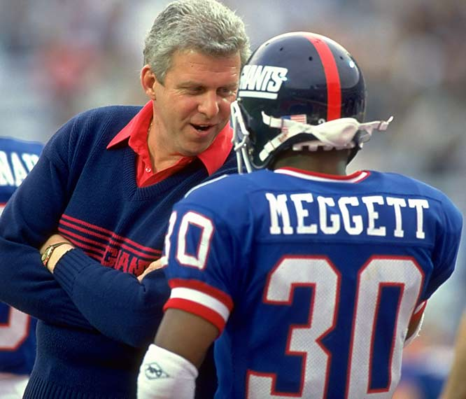 Bill Parcells speaks to Dave Megget during Super Bowl XXV. The Giants would go on to beat the Bills, 20-19, as Megget finished with 129 combined net yards in Parcell's second Super Bowl victory.