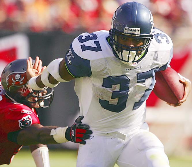 Shaun Alexander rushed for 92 yards and a touchdown against Tampa Bay as Seattle snapped a three-game losing streak to finish the season 9-7. It had already clinched the NFL West title.