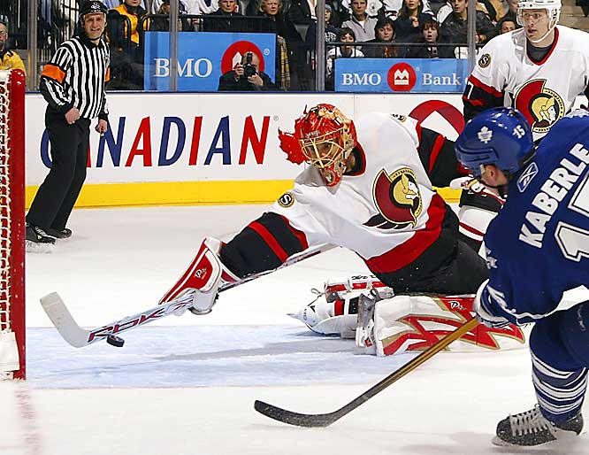With one of the highest save percentages in the league, Emery has helped the Sens forget about their signing of the disappointing Martin Gerber to a three-year deal.