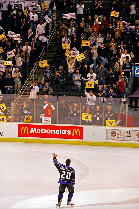 On April 15, 2006, Luc Robitaille received a standing ovation by a sell-out crowd after playing his final home game.