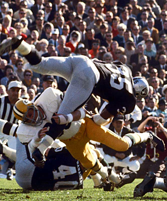 The Chiefs and the Raiders didn't have a chance against Nitschke and the Green Bay defense in Super Bowls I and II. Nitschke's intensity set the tone Vince Lombardi's Packers.