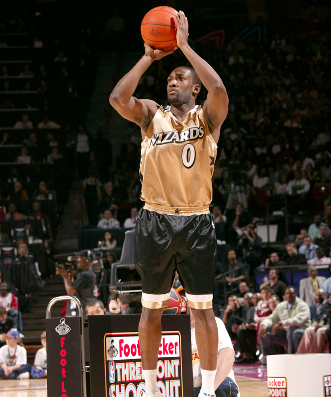 The Wizards' Gilbert Arenas also advanced to the final in the 3-Point Shootout, but posted a 17 in the last round.