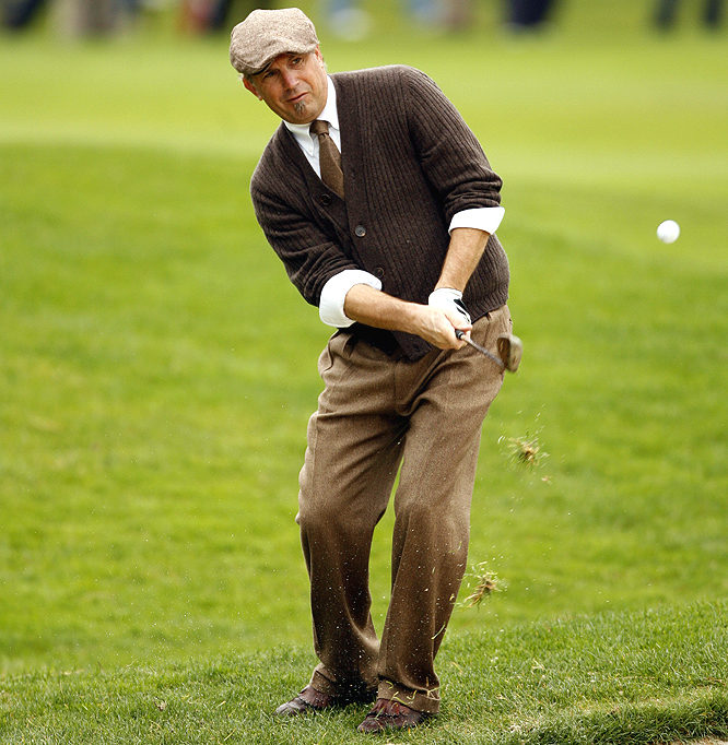 At least Kevin Costner looked good during his round.
