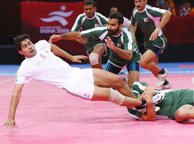 India against Pakistan in the Kabaddi round robin round.