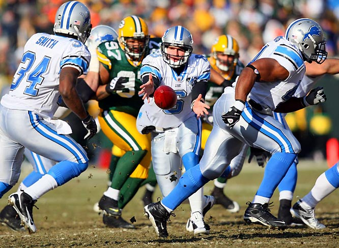 When quarterback Dan Orlovsky and the Lions lost 31-21 to the Green Bay Packers on Dec. 28, 2008, it made Detroit the first NFL team to ever go 0-16. The team had lost its final game of 2007 and first two games in 2009, putting its losing streak at 19 games.