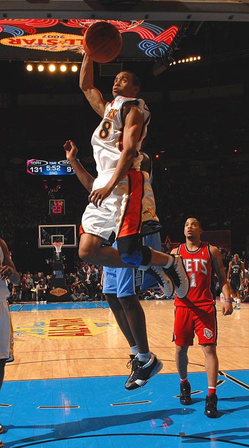 Sophomore Monta Ellis had 28 points on 13-of-16 shooting.