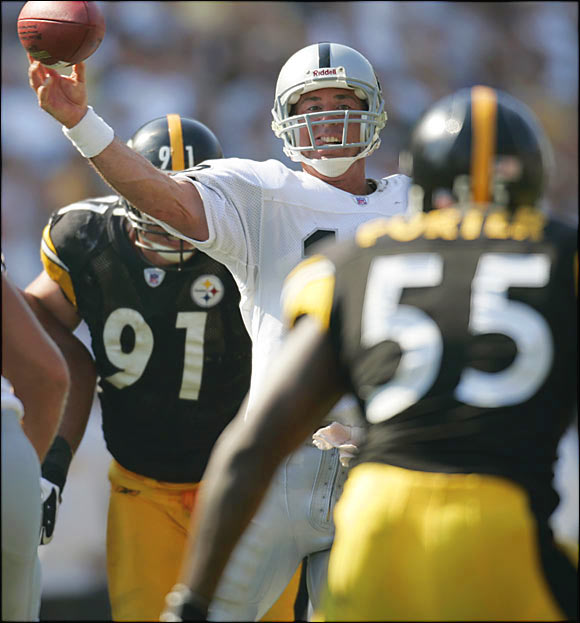 After being a part-time starter most of his career, Gannon immediately hit his stride when the Raiders signed him in 1999. A master of the dink-and-dunk passing game, Gannon made the Pro Bowl every season from 1999 to 2003, was named the 2002 MVP and helped Oakland reach Super Bowl XXXVII.