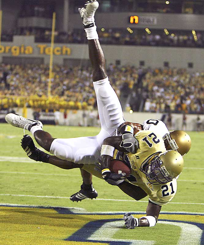 The 6-foot-5, 235-pound Georgia Tech wideout had more yards receiving (1,202) in 2006 than the rest of his team combined. In the Gator Bowl, he hauled in nine passes for 186 yards and two touchdowns, likely projecting himself into the top five picks of the 2007 NFL Draft.