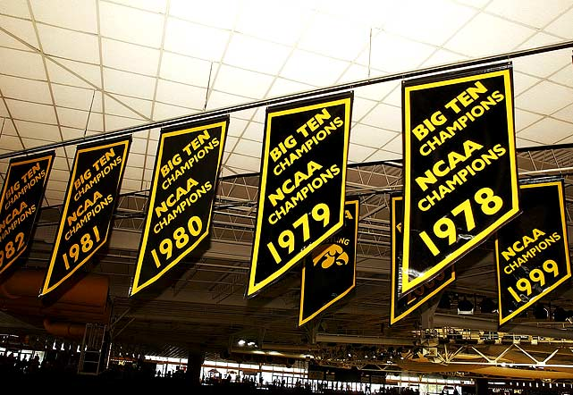 Behind fearless leader Dan Gable, someone who knew a thing or two about winning streaks, the Iowa wrestling team won nine consecutive national championships from 1978 to 1986. The program continued its dominance by winning three more consecutive titles from 1991 to `93 and six from 1995 to 2000.