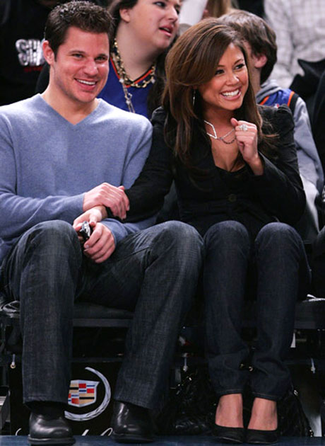 Nick Lachey and Vanessa Minnillo are so in love that they weren't bothered by the fact that Kobe Bryant didn't play in Tuesday's game against the Knicks.