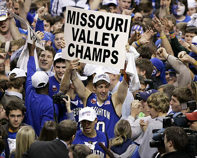 Creighton's Pierce Hibma lets the world know that the Bluejays are Missouri Valley champions.