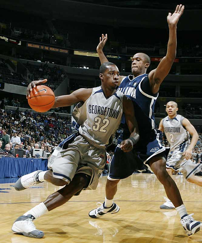Jeff Green drives to the basket against Villanova.