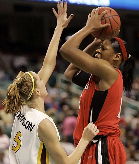 Kia Vaughn puts up a shot over Arizona State's Aubree Johnson in Rutgers' last hurdle to the Final Four.