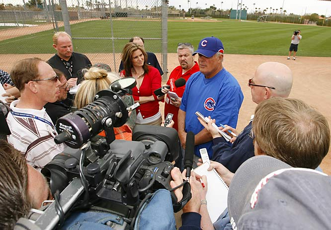 Sweet Lou meets the Cubs press corps.