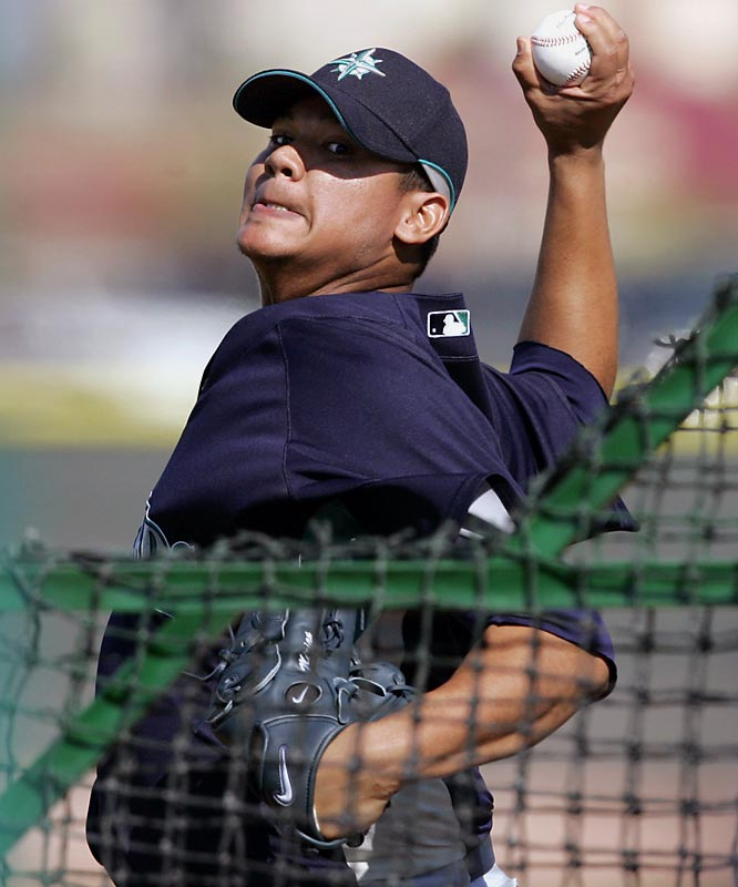 Seattle hopes Felix Hernández will bounce back from last year's disappointing season (12-14 record, 4.52 ERA).
