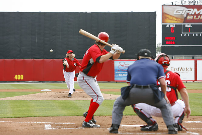 Bronson Arroyo pitches in an intrasquad game.