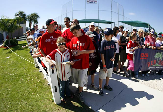 Red Sox fans queue up for potential autographs.
