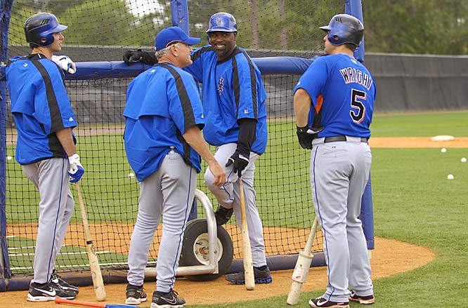 (Left to right) Shawn Green, hitting coach Rick Down, Carlos Delgado and David Wright share a laugh during batting practice.