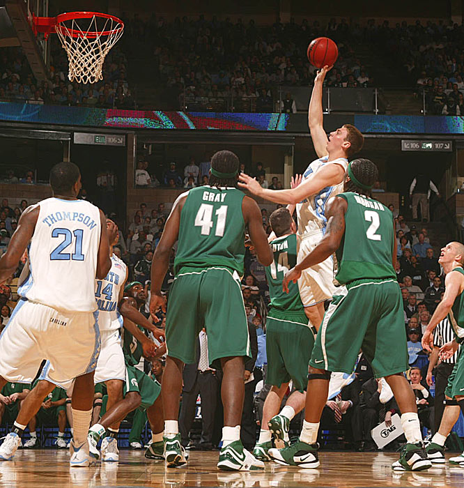Tyler Hansbrough got rid of the face mask and poured in a season-high 33 points in the Heels' win.