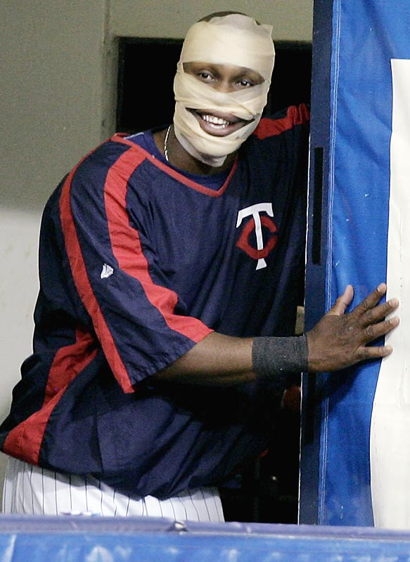 After getting hit in the face by a pitch during a game against the Royals, Twins outfielder Torii Hunter decides to scare his teammates.