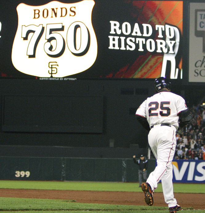 Barry Bonds<br>Date, Site: June 29, 2007, AT&T Park<br>Pitcher: Livan Hernandez<br>Inning: 8th, Men on Base: 0, Outs: 0<br>Game Result: D'backs 4, Giants 3<br><br> Hank Aaron<br>Date, Site: June 18, 1976, Oakland Coliseum<br>Pitcher: Jim Todd<br>Inning: 9th, Men on Base: 0, Outs: 1<br>Game Result: Brewers 3, A's 2<br>