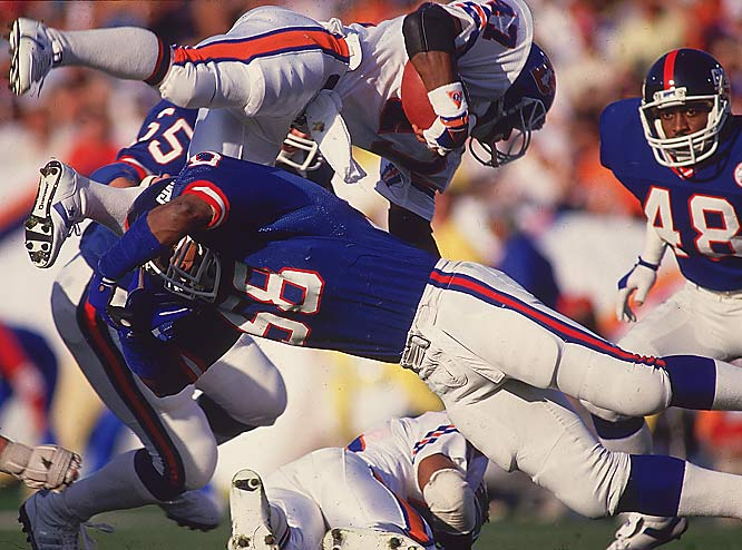 They landed defensive mainstays Carl Banks and Gary Reasons, offensive tackle William Roberts, receiver Lionel Manuel and quarterback Jeff Hostetler, who led them to victory in Super Bowl XXV.