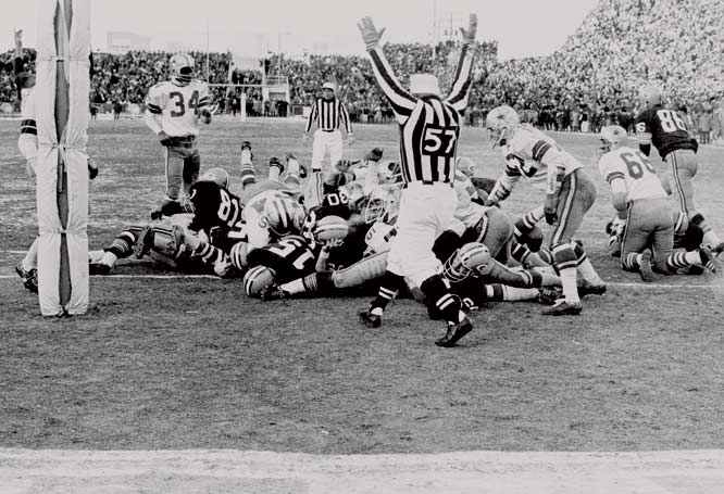 The Frozen Tundra has given the Packers an advantage since the days of Vince Lombardi. From 1957 through 2003, Green Bay was undefeated in the postseason at Lambeau Field. The most famous example of the Packers' cold-weather edge was the 1967 NFL Championship Game, when Green Bay beat Dallas 21-17 in the Ice Bowl.