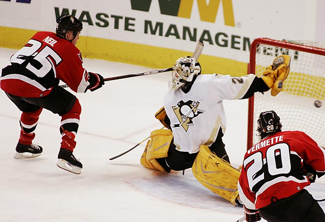 The Senators got scoring from everywhere, including Chris Neil's third period goal past Pens' goalie Marc-Andre Fleury.