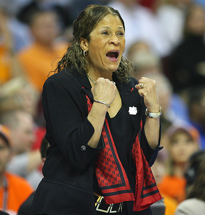 Rutgers coach C. Vivian Stringer was going for her first title, 25 years after her first national title appearance.