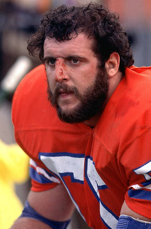 The renegade defensive lineman looked just as natural in a biker bar as on a football field.