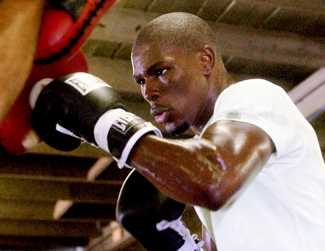 """I think Floyd's speed and youth will work well for him in this fight. I think the fight will go 12 rounds with Floyd winning a close decision over De La Hoya."""