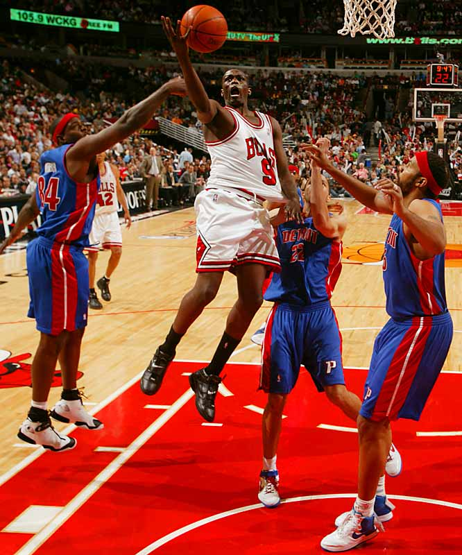 Luol Deng scored 25 points with 13 rebounds as the Bulls hung on to beat the Pistons Sunday afternoon and avoid a sweep.