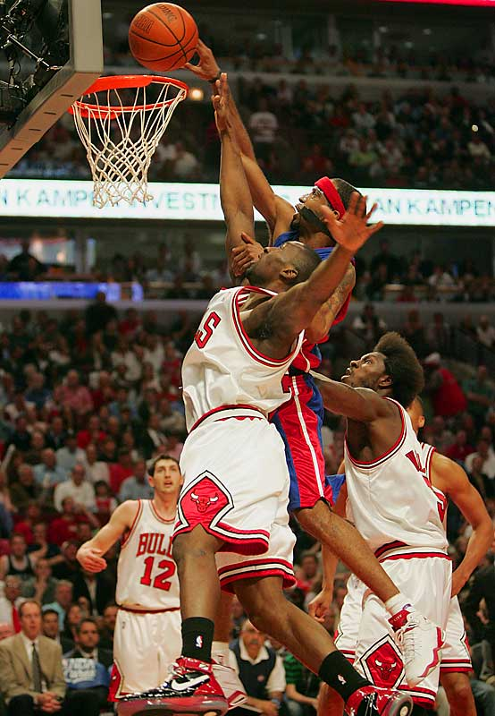 Richard Hamilton led the Pistons in scoring with 23 points as Detroit clinched the Eastern Conference semifinals against Ben Gordon and the Chicago Bulls.
